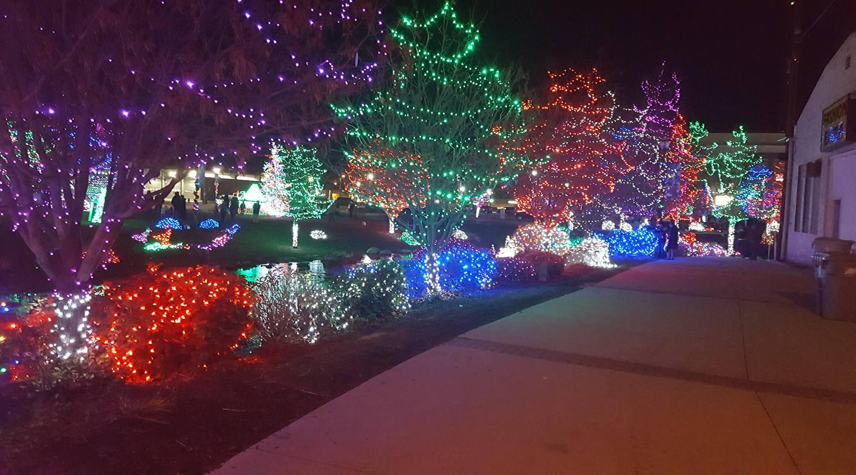 Kansas City Christmas Lights 2017